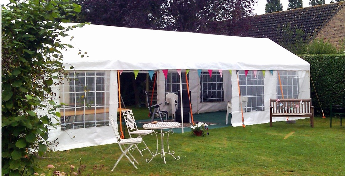Budget Marquees 4x10m marquee