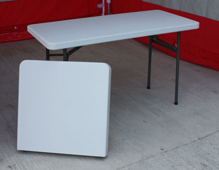 Folding exhibition tables for gazebos